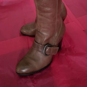 Born Leather Upper Boots (Women's)